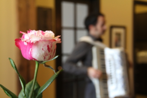 Accordionist for hire, Michael Schaeffer entertains the OSTers